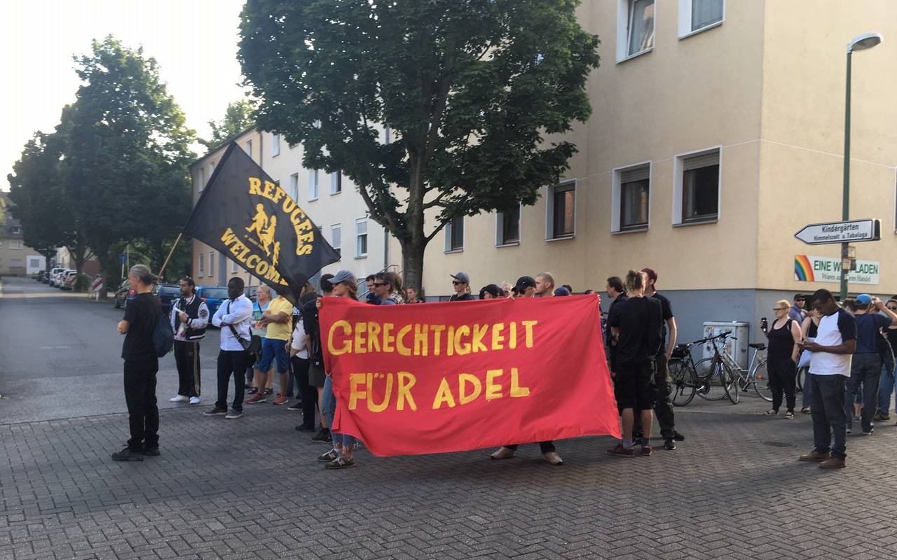 Demonstranten in Altendorf